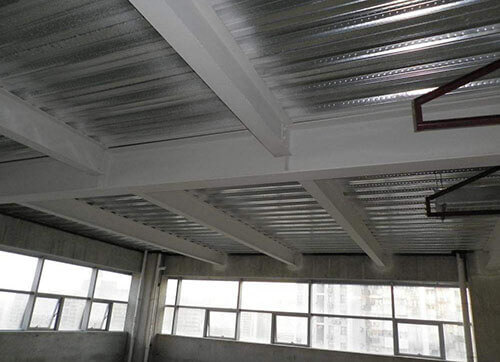 Steel-concrete composite structure