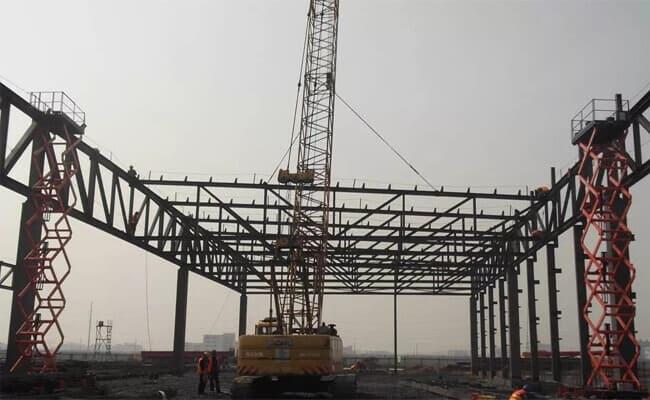 steel truss installation